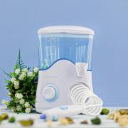 Ирригатор Revyline RL 100 в белом дизайне